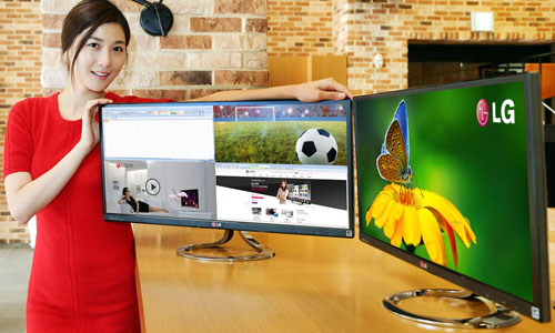 Первый панорамный LCD-монитор LG EA93 UltraWide