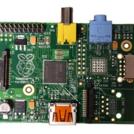 Миниатюрный компьютер Raspberry Pi Model A за $25