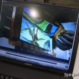 Sony показала гибкую панель типа OLED размером 9,9 дюйма по диагонали